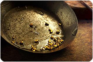 gold_panning.jpg